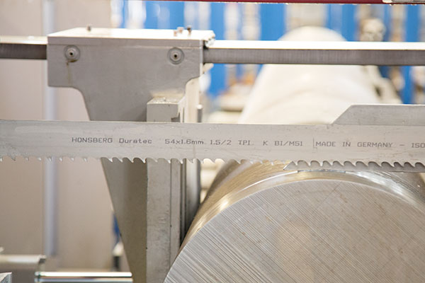 Honsberg metal saws gmbh in remscheid safety instructions for band for your own safety please follow the safety instructions while you are working with bandsaw blades greentooth Images