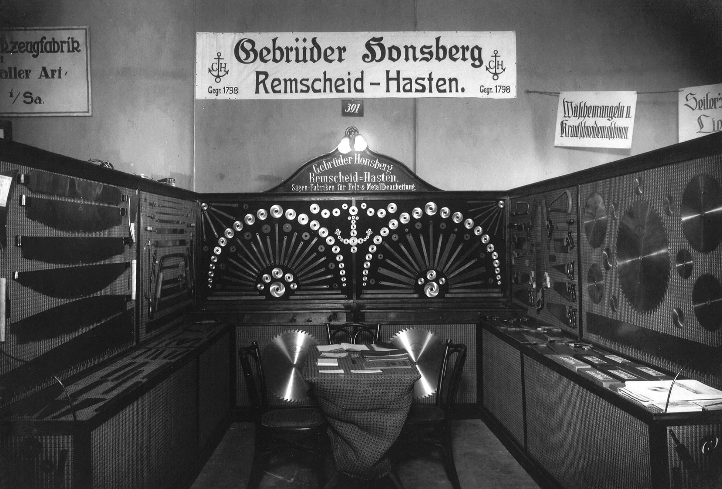 8 9 Exhibition Leipzig 1920
